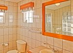 Master bedroom & bathroom-18