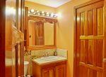 Guest bathroom-0