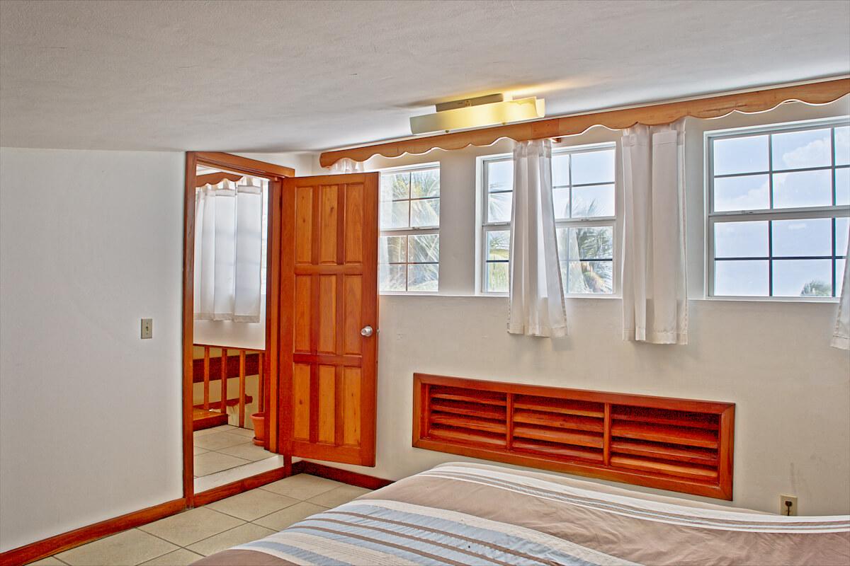 Guest bedroom 2 & landing-3